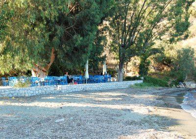 Kamares strand taverna
