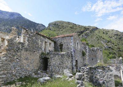 Polyaravos verlaten bergdorp