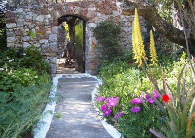 bloemen en ingang